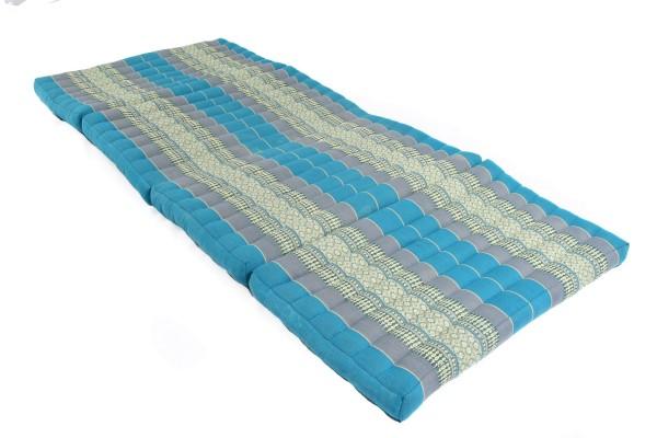 große 4-fach faltbare Kapokmatte 200x80 cm (blautöne) offen